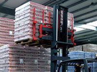 Pallet handlers for the beverage industry